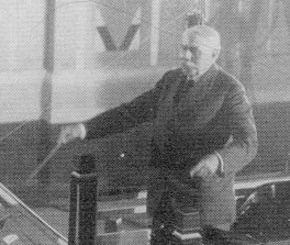 Elgar conducting in 1931