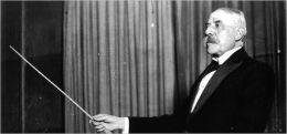 Elgar conducting
