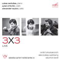 3x3, Live